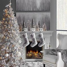 Awesome White Christmas Tree Ideas That Will Make Your Home More Beautiful - Christmas is such a ravishing period everything being equal and excellence around. At the point when Christmas is around the bend, individuals, for th. Silver Christmas Decorations, White Christmas Trees, Elegant Christmas, Gold Christmas, Beautiful Christmas, Christmas Home, Holiday Decor, Frosted Christmas Tree, Winter Wonderland Christmas