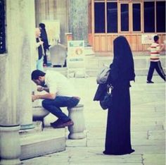 Find images and videos about love, wedding and islam on We Heart It - the app to get lost in what you love. Muslim Couple Quotes, Best Couple Quotes, Cute Muslim Couples, Muslim Love Quotes, Love In Islam, Romantic Couples, Wedding Couples, Cute Couples, Cute Love Images