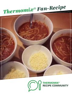 Recipe Not so Tinned Spaghetti by jodieaclark, learn to make this recipe easily in your kitchen machine and discover other Thermomix recipes in Pasta & rice dishes. Rice Dishes, Food Dishes, Kitchen Machine, 5 Recipe, Spaghetti Recipes, Savoury Recipes, Recipe Community, Lunches, Thermomix