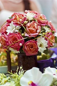 Pink rose and white floral bouquet