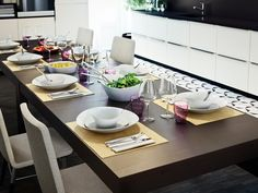 A modern open-concept kitchen — design and ideas Ikea Table, Dining Room Table, Decorating Your Home, Interior Decorating, Interior Design, New Kitchen, Kitchen Dining, Kitchen Ideas, Open Concept Kitchen