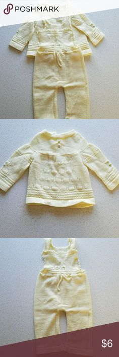 Infant Layette set Pale Yellow Infant Layette  , 0 - 3 months Matching Sets