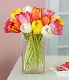 another easy tulip centerpiece