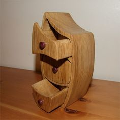 Done this using a simple plan: http://woodwork.com-omg.us/