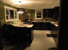 dark and green #kitchen