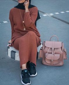 Sweater dress hijabHow to boost your style with hijab outfits Just Trendy Girls Modern Hijab Fashion, Modesty Fashion, Muslim Fashion, Fashion Outfits, Fashion Hair, Dress Fashion, Trendy Fashion, Fashion Trends, Modest Wear