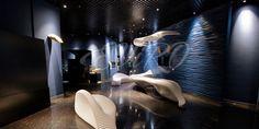 Шелк  Если Вы хотите получить роскошный современный интерьер, то гипсовые 3D панели EViRO серии Шелк подойдут Вам самым наилучшим образом. Рельефные стеновые панели Шелк  – это «золотая середина» в дизайне интерьера. Используя этот отделочный материал, Вы сможете избежать нагромождения декоративных элементов, создав полноценный интерьер, наполненный красотой и стилем.