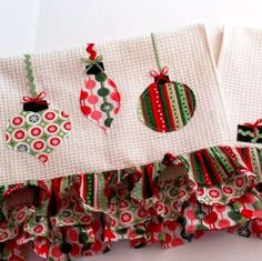 Retro Christmas Dishcloths | AllFreeSewing.com