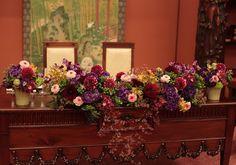 突然にいただいたお問い合わせは、    当日まであとわずかという日程でした。     一会からすぐそばの目黒雅叙園さまへ、  ... Japanese Wedding, Japanese Style, Wedding Colors, Wedding Flowers, Home Wedding, Wedding Coordinator, Ring Designs, Christmas Fun, Table Runners
