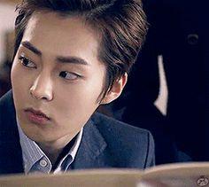 (source: weareone-seoul.tumblr.com) exo xiumin gif