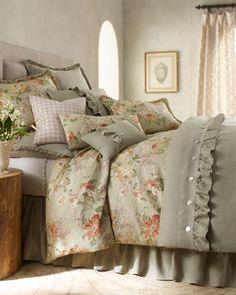 Bedroom :: Ruffled edge duvet bedding.