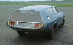 1968-volvo-p1800-es-rocket-concept