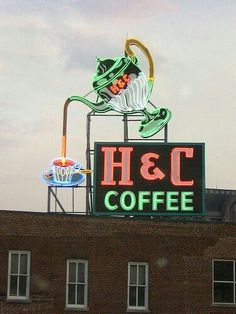 H & C Coffee - Neon Sign, Roanoke, Virginia Coffee Talk, I Love Coffee, My Coffee, Nitro Coffee, Coffee Menu, Coffee Girl, Coffee Scrub, Coffee Break, Coffee Shops
