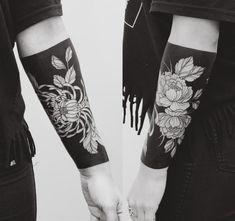 Black Ink Tattoos, Arm Tattoos, Life Tattoos, Arm Band Tattoo, Body Art Tattoos, Tattoo Drawings, Tattoos For Guys, Sleeve Tattoos, Black Band Tattoo