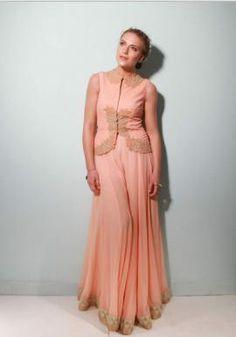 Indian Wedding Website : Wed Me Good | Indian Wedding Ideas & Vendors Online | Bridal Lehenga Photos