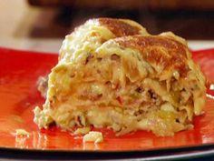 Posole Mexican Lasagna recipe from Rachael Ray via Food Network Mexican Lasagna Recipes, Mexican Dishes, Food Network Recipes, Food Processor Recipes, Pork Recipes, Cooking Recipes, Pasta Recipes, Chicken Lasagna, Party