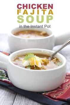 his fabulously easy low carb Chicken Fajita Soup is a crowd pleaser. Make it in your Instant Pot or your slow cooker! Low Carb Keto, Low Carb Recipes, Soup Recipes, Crockpot Recipes, Paleo Recipes, Free Recipes, Chicken Recipes, Chicken Fajita Soup, Ip Chicken