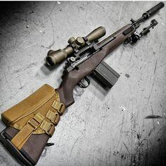 "ian-ingram: ""Tactical sniper rifle "" Want Military Weapons, Weapons Guns, Guns And Ammo, Armas Wallpaper, Battle Rifle, Hunting Rifles, Assault Rifle, Cool Guns, Tactical Gear"