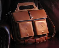 Skytop's Leather Panniers for your bicycle convert into a handsome briefcase
