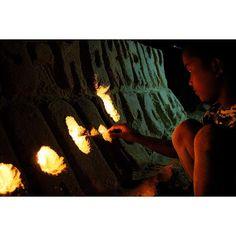 【ujiharahitomi】さんのInstagramをピンしています。 《アジア1綺麗な ボラカイ島ホワイトビーチ🏖 . . こちらはちっちゃい子がつくる サンドアート🤡 お小遣い稼ぎ大変だ😮 . ISMS-HOKURIKU って作ってもらった🤡☝🏻 . #フィリピン #ボラカイ #ボラカイ島 #カメラ #リゾート #海 #ビーチ #砂浜 #美容師の休日 #カメラ女子 #一眼レフ #サンドアート #philippines #boracay #camera #canonkissx8i #sea #beach #sky #resort #blue #sandart #love #happy # #instalike #instagood #instagram #hairdresser》