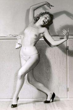 Sexy Nude Celebrity Marilyn Monroe