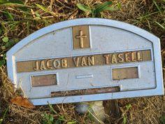 Van Tasell marker near the Old Dutch Church...which made me think...hmmmmm.
