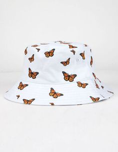 I know the orange butterfly print is really popular right now but this is the first time I've seen it on a bucket hat. Outfits With Hats, Teen Fashion Outfits, Cute Casual Outfits, Fashion Hats, Kid Outfits, Hiking Outfits, Sport Outfits, Bucket Hat Outfit, Orange Butterfly