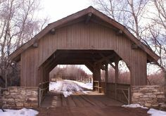 (Covered Bridge Farm, 42' x 17', 1998, 06-43-A) across a creek SW of Montrose, Montrose County, CO. CO90 (Main St. - becomes Spring Creek Rd.) W. 2.0 miles from jct with CO550 (Townsend Av.) in Montrose, S. on CO90 1.0 miles, W. on CO900.35 miles, S. on 6250 Rd. 1.8 miles to the bridge on the W. side of the road at 17249 up a driveway 0.15 miles. (3-5-10, N38 25.971 W107 55.227) Photos by Bob & Dorothy Dunham.