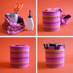 Come realizzare un portapenne con un calzino (How to make a pencil holder with a sock)