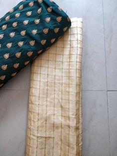 Jarna silk saree with blouse Kerala Saree Blouse, Indian Blouse, Saree Dress, Saree Color Combinations, Color Combinations For Clothes, Wedding Silk Saree, Indian Bridal Lehenga, Crepe Saree, Sari Silk