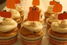 Pumpkin Beer Cupcakes ~ Will be making these for sure!  Love pumpkin and pumpkin beer!  :)