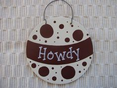 This ATM ornament would be a great addition to your Texas A&M Aggie Christmas tree. This ornament is a round wood cut out with a wire hanger,