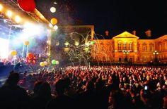 Irland: Belfast Music Week (rf) In der nordirische Stadt Belfast wird Mitte November die Belfast Music Week statt. Während des Festivals in der Hafenstaft am River Lagan vom 11. bis 17. November mit rund 250 Musikevents zeig... Link: http://reisefernsehen.com/reise-news/reise-news-europa/387115a268113f80f-irland-belfast-music-week.php
