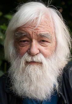 Ebbe Schön bilder | Folklivsforskaren Ebbe Schön ger oss en alternativ bild av tomten. Bearded Men, Beards, Folk, Fictional Characters, Gera, Alternative, Culture, Nice Asses, Pictures