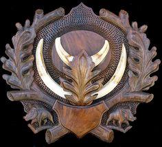 Wild Boar Tusk Panel - Elen Importing & Designs By Luca, Inc. Deer Horns Decor, Stag Antlers, Wild Boar Hunting, Antler Lights, Wood Bookends, Deer Mounts, Wildlife Decor, Deer Skulls, Amethyst Geode