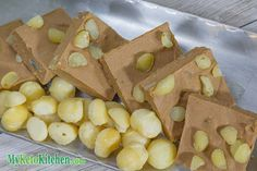 Low Carb Chocolate Macadamia Fudge
