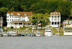 Island House, Mackinac Island...stayed here....one of the oldest on the Island. Very Nice.