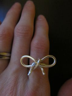 Wire bow ring :) Heart Ring, Wire, Bows, Rings, Jewelry, Arches, Bowties, Jewels, Ring