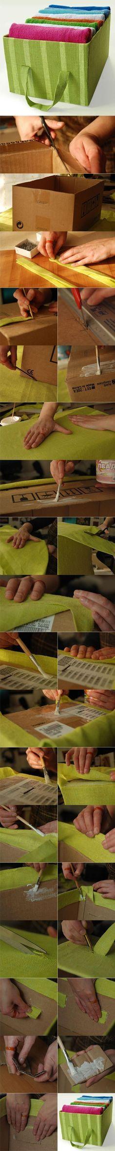 Bella caja util hecha de caja de zapatos forrada en tela. Usada para almacenar toallas