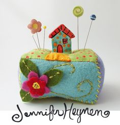 Jennifer Jangles Blog: Pin Cushions and Fairy Gardens