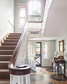 The grand staircase at this historic Virginia estate calls to mind classic southern charm. #onlyinthesouth