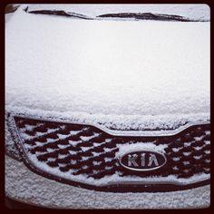 Kia Sportage www.kia.com.pe  Aunque por fuera se sienta el frio, por dentro seguimos siendo igual de cálidos.
