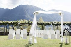 Wedding DIY Aisle Outdoor rustic wedding diy aisle Hochzeit in der Villa San Quirico Minusio - Hochzeitsalbum Diy Wedding, Rustic Wedding, Villa, Diy Inspiration, Diys, Candles, Wedding Dresses, Modern, Locarno