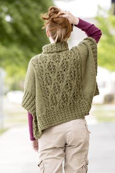 Knitting Designs, Knitting Patterns, Crochet Patterns, Crochet Poncho, Knitted Shawls, Irish Crochet, Wrap Pattern, Pattern Ideas, Shawl Patterns