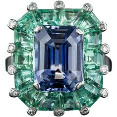 Preowned 5.68 Natural No-heat Sapphire Green Beryl Platinum Cocktail... (£27,735) ❤ liked on Polyvore featuring jewelry, rings, accessories, green, green ring, pre owned rings, vintage emerald cut ring, green jewelry and bear ring
