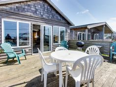 Pacific Ave, Park Place & Boardwalk: hot tub,... - VRBO