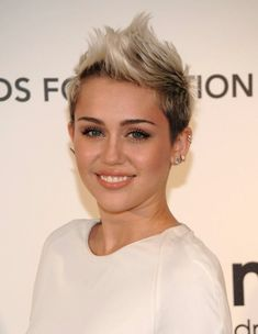 Top 8 Miley Cyrus Hairstyles You Should Try Out #hairstyles #mileyhairstyles #hairstyleideaas