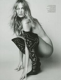Vogue Paris - Un Air De Famille (Natasha Poly by Mario Testino, October 2014)