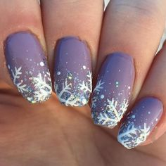 Special nail art designs that stimulate your winter mood # ., Special nail art designs that stimulate your winter mood mood Check more at. Red And Gold Nails, Gold Nail Art, Red Nails, Hair And Nails, Xmas Nails, Holiday Nails, Christmas Nails, Christmas Colors, Winter Nail Designs