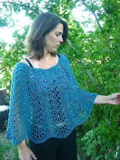 Easy Lace Poncho - Knitting Pure & Simple Knitting Pattern - I Crochet World Crochet Cape, Crochet Poncho Patterns, Crochet Shawls And Wraps, Knitted Poncho, Crochet Scarves, Crochet Stitches, Knitting Patterns, Knit Crochet, Poncho Shawl